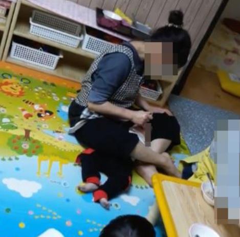 강제식사 인천 어린이집 원장 모녀, 원생들 상습적으로 학대