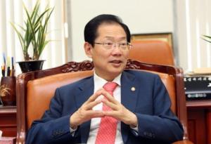 [기자수첩] '국회의원 보험' 들어놓고 충북도지사 출마하는 '오제세 의원'