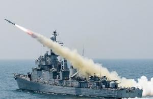 해군 마산함서 탄약 해체 중 폭발…부사관 1명 사망