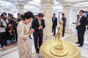 [뉴스 인사이트] 문 대통령, 순방 뒷이야기...新남방의 핵 '불교'